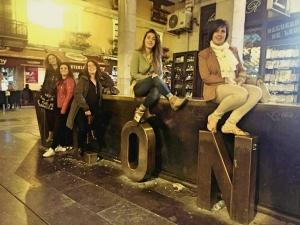 #VEinformación #apei Puri Penín, Silva García, Pilar Sánchez, Ana Bernardo y María Díaz